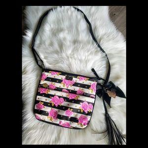 So pretty Betsey Johnson crossbody bag